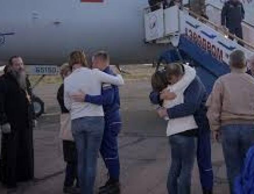 Astronauts escape malfunctioning Soyuz rocket safely